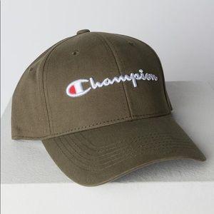 Champion Classic Twill Script Cap Mission Green